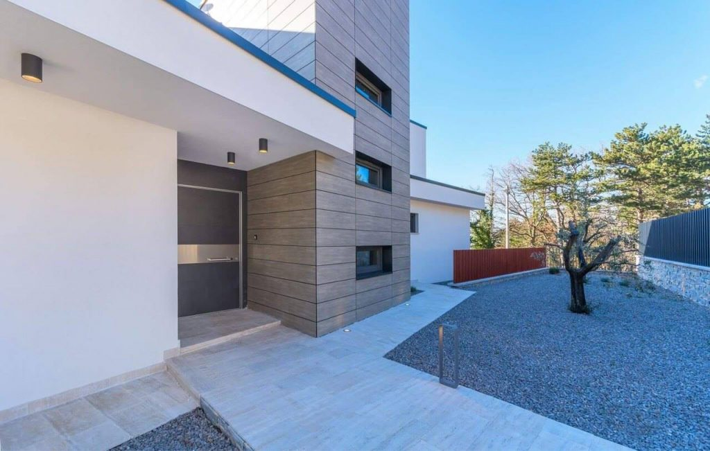 EBT Center Gruden & Gruden Oikos und Adoro Sicherheitstüren